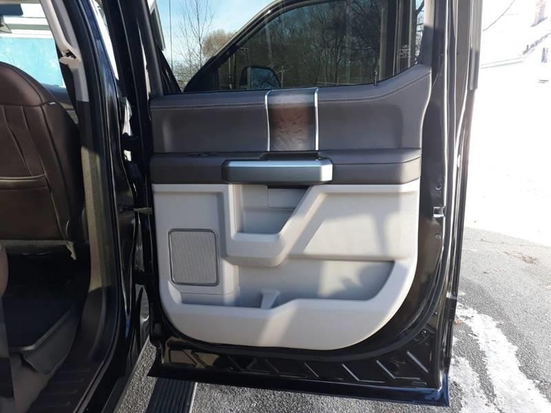 Used Ford F-350 Super Duty Platinum 4x4 4dr Crew Cab 8 ft. LB SRW Pickup 2019 | Mass Auto Exchange. Framingham, Massachusetts