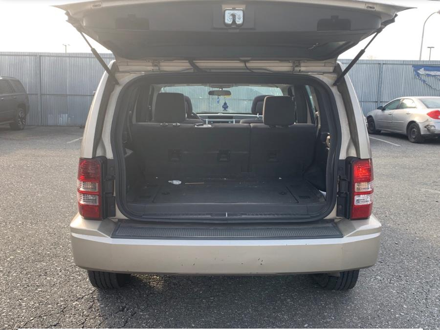 Used Jeep Liberty 4WD 4dr Sport 2010   Best Auto Sales LLC. Manchester, Connecticut