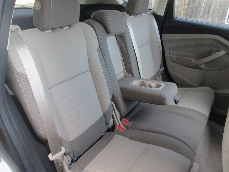 Used Ford Escape 4WD 4dr SE 2013   Levittown Auto. Levittown, Pennsylvania