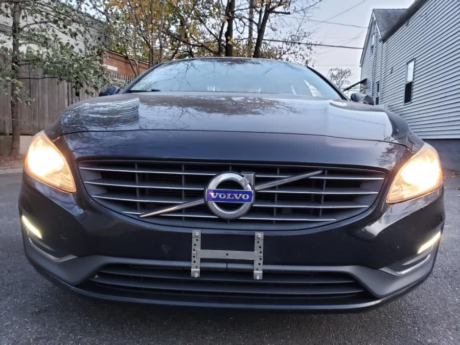 Used 2014 Volvo S60 in Hicksville, New York | Ultimate Auto Sales. Hicksville, New York