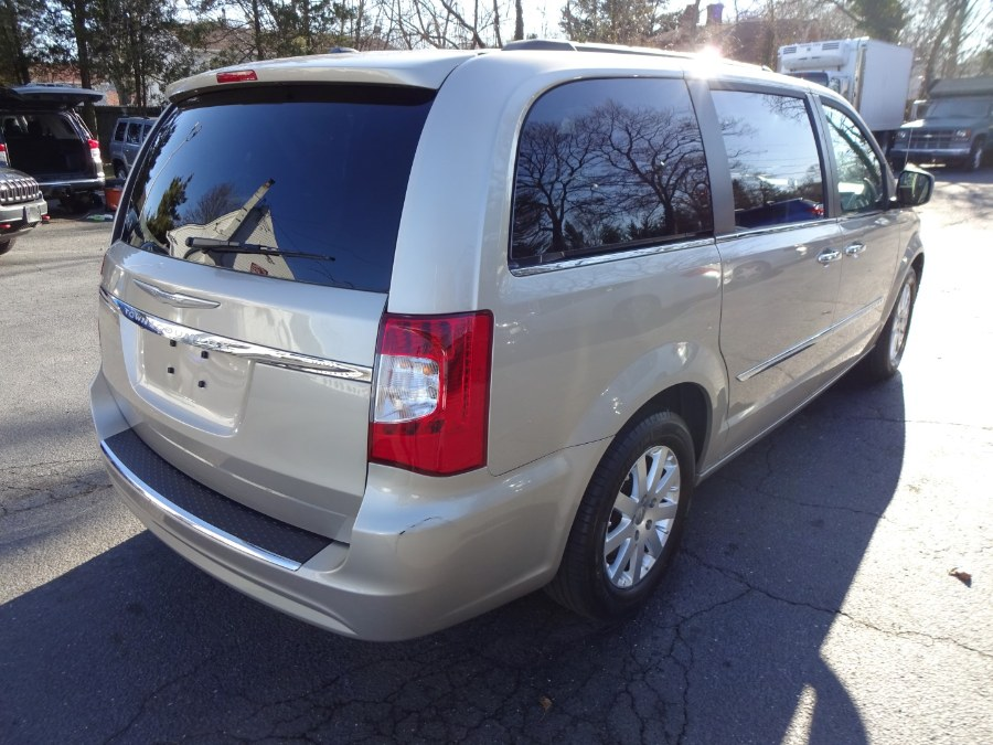 Used Chrysler Town & Country 4dr Wgn Touring 2016 | Mint Auto Sales. Islip, New York