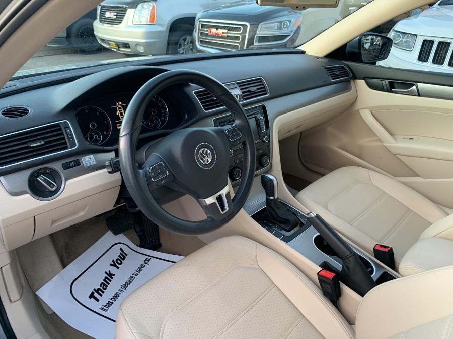 Used Volkswagen Passat 4dr Sdn 2.0L DSG TDI SE w/Sunroof 2014 | Auto Store. West Hartford, Connecticut