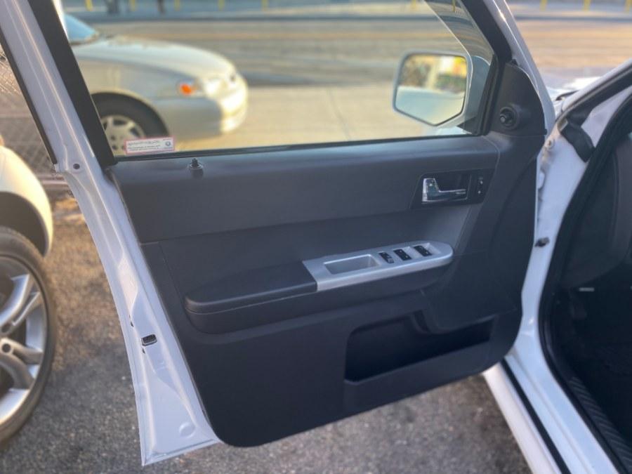 Used Mercury Mariner 4WD 4dr V6 Premier 2008 | Middle Village Motors . Middle Village, New York