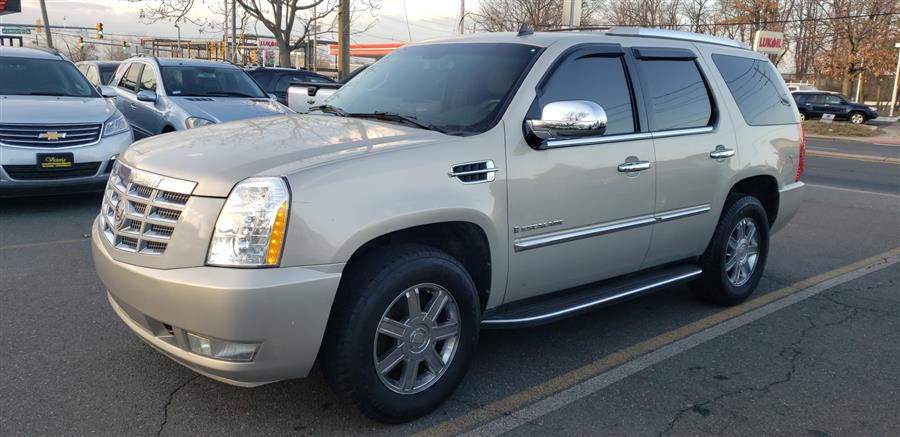 Used Cadillac Escalade AWD 4dr 2008 | Victoria Preowned Autos Inc. Little Ferry, New Jersey