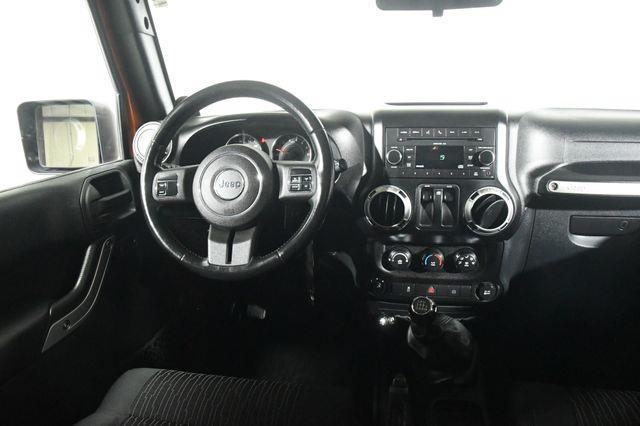 2011 Jeep Wrangler Sahara photo