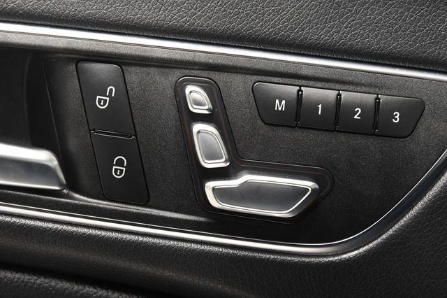 2017 Mercedes-Benz CLA 250 w/ Nav/ Blind Spot/ Pano photo