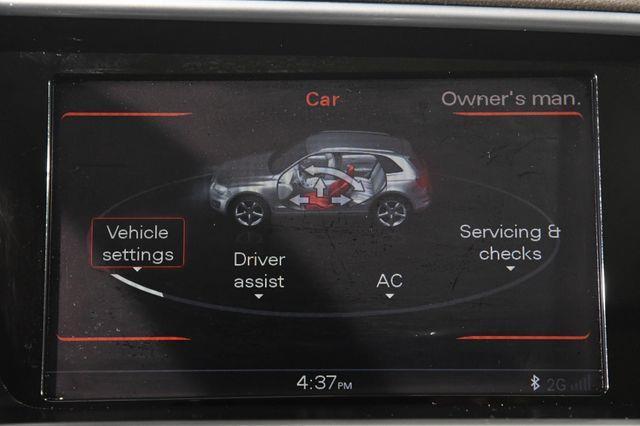 2017 Audi Q5 Premium Plus w/ Navigation/ Bl photo