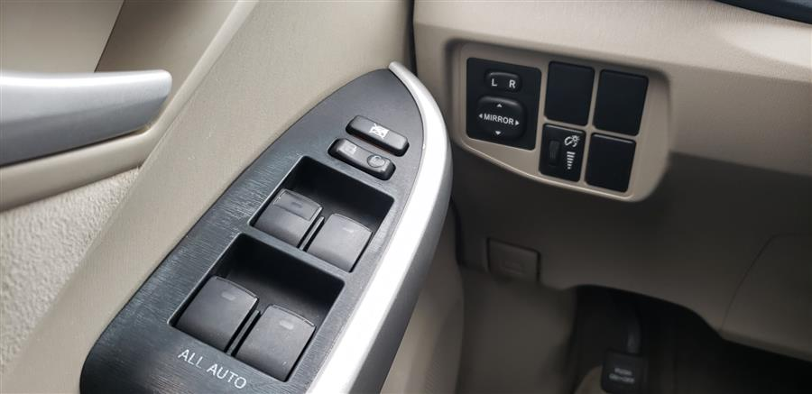Used Toyota Prius 5dr HB III 2010 | National Auto Brokers, Inc.. Waterbury, Connecticut