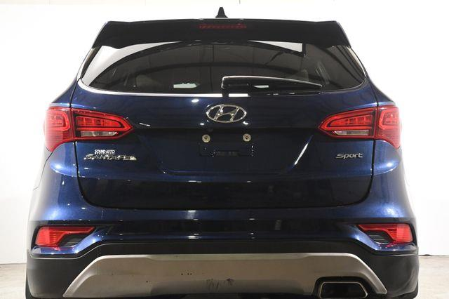 2017 Hyundai Santa Fe Sport 2.4L photo