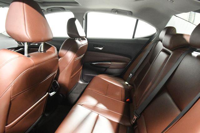2017 Acura TLX V6 photo