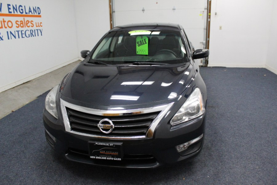 Used Nissan Altima 4dr Sdn I4 2.5 S 2013 | New England Auto Sales LLC. Plainville, Connecticut