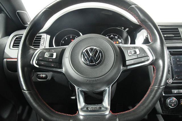 2017 Volkswagen Jetta GLI photo