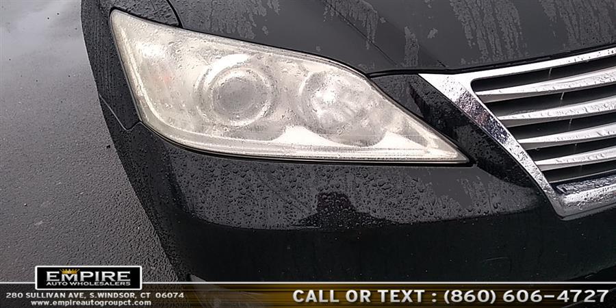 Used Lexus ES 350 4dr Sdn 2010 | Empire Auto Wholesalers. S.Windsor, Connecticut