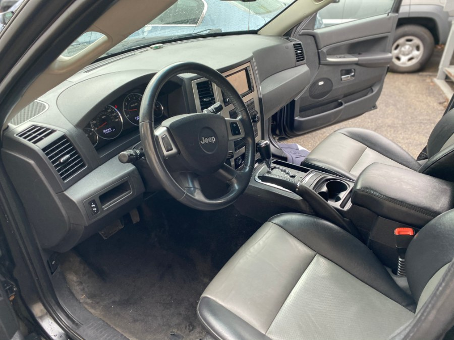 Used Jeep Grand Cherokee 4WD 4dr Laredo 2009   Middle Village Motors . Middle Village, New York