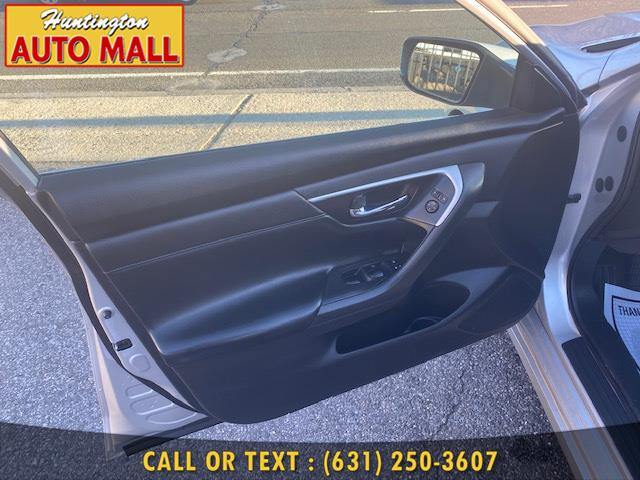 Used Nissan Altima 4dr Sdn I4 2.5 SR 2016   Huntington Auto Mall. Huntington Station, New York