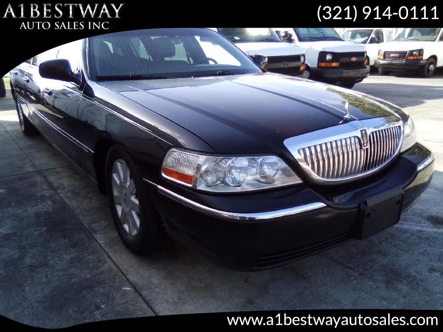 2006 Lincoln Town Car 6dr Sdn Executive w/Limousine Pkg, available for sale in Melbourne , FL