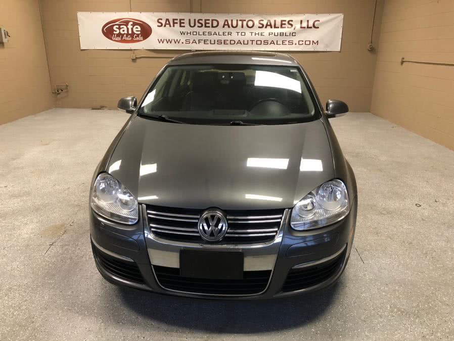Used 2010 Volkswagen Jetta Sedan in Danbury, Connecticut | Safe Used Auto Sales LLC. Danbury, Connecticut