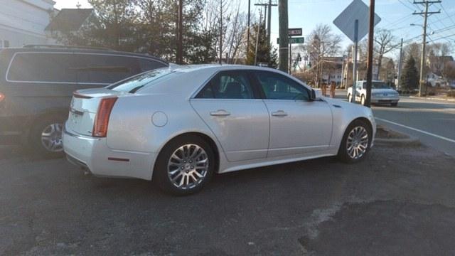 Used Cadillac CTS Sedan 4dr Sdn 3.6L Premium RWD 2010 | Westbrook Auto Sales and Service LLC. Westbrook, Connecticut