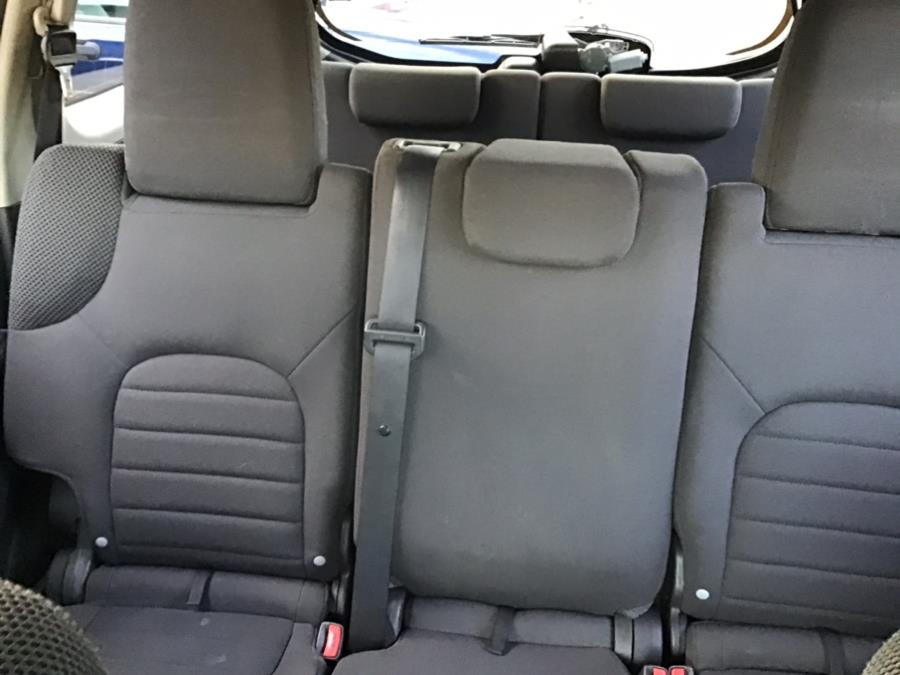 Used Nissan Pathfinder 4WD 4dr V6 LE 2012 | Farmington Auto Park LLC. Plainville, Connecticut