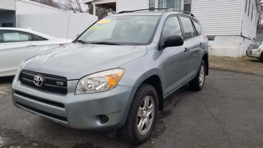 Used 2007 Toyota RAV4 in Milford, Connecticut | Adonai Auto Sales LLC. Milford, Connecticut