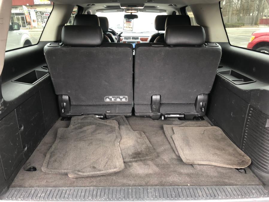 Used Chevrolet Suburban 4WD 4dr 1500 LT 2012   Select Cars Inc. Selden, New York