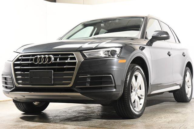 The 2018 Audi Q5 Tech Premium w/ Virtual Cockpi photos