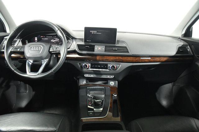 2018 Audi Q5 Tech Premium w/ Virtual Cockpi photo