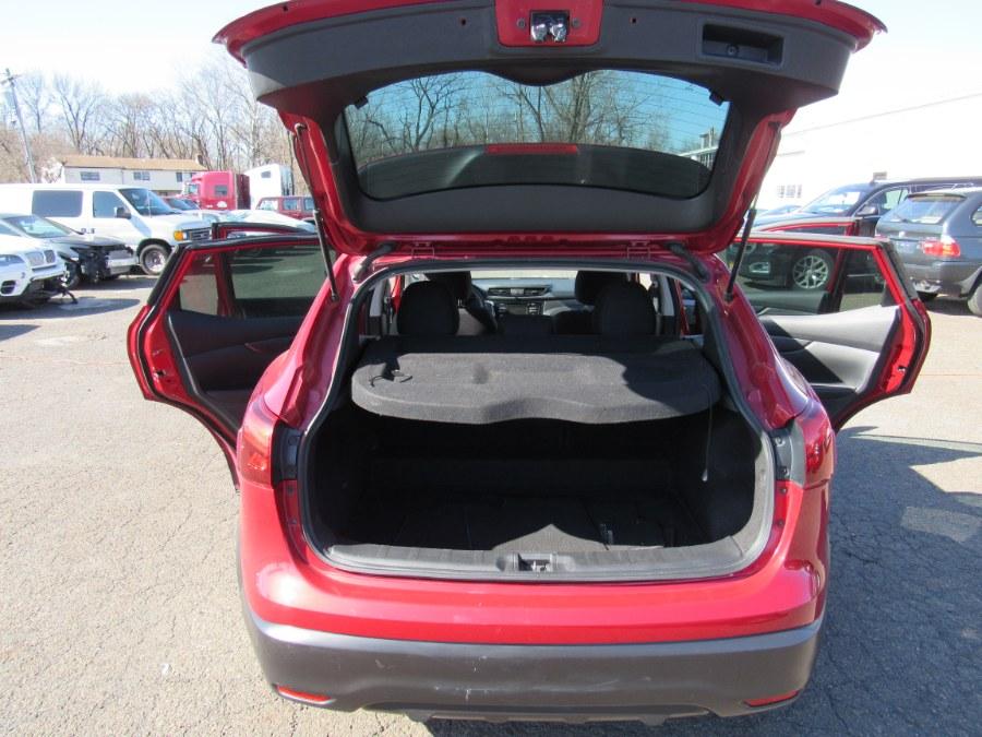 Used Nissan Rogue Sport 2018.5 AWD S 2018 | Deals on Wheels International Auto. Levittown, Pennsylvania