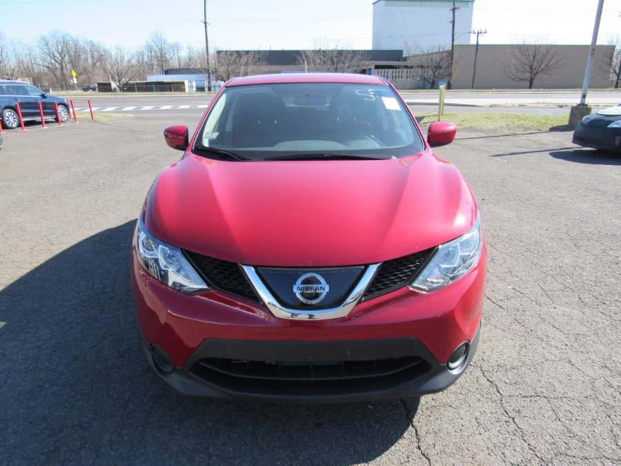 Used Nissan Rogue Sport 2018.5 AWD S 2018 | Deals on Wheels International Auto. Levittown, Pennsylvania