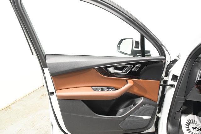 2017 Audi Q7 Premium Plus photo