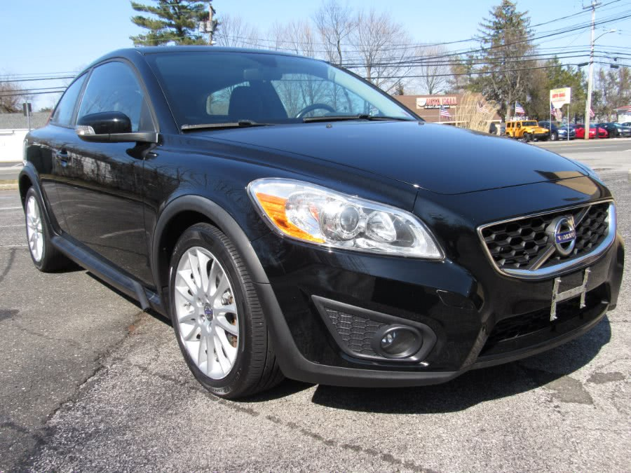 Used Volvo C30 2dr Cpe Man w/Moonroof 2011 | White Glove Auto Leasing Inc. Huntington, New York