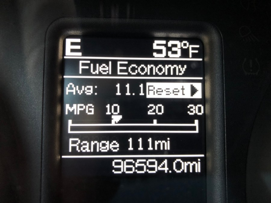 "Used Ram 1500 4WD Crew Cab 140.5"" SLT 2013 | Bristol Auto Center LLC. Bristol, Connecticut"