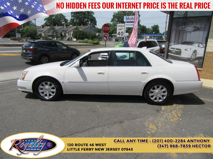 Used Cadillac DTS 4dr Sdn w/1SA 2009 | Royalty Auto Sales. Little Ferry, New Jersey