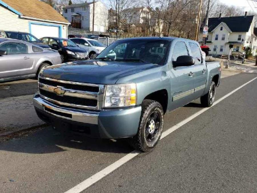 "2009 Chevrolet Silverado 1500 4WD Crew Cab 143.5"" LT, available for sale in Ansonia, CT"