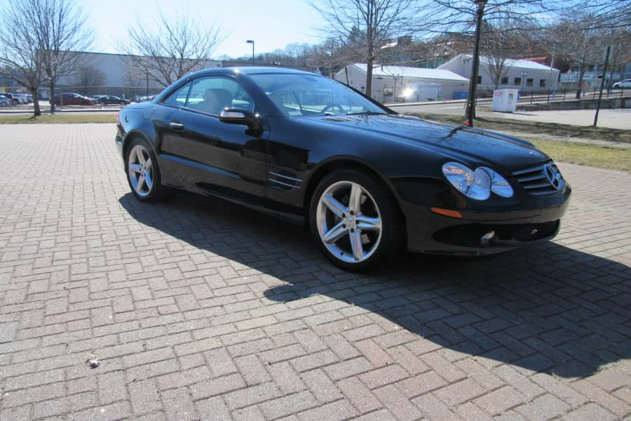 Used 2005 Mercedes-Benz SL-Class in Shelton, Connecticut | Center Motorsports LLC. Shelton, Connecticut