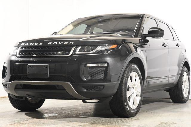 The 2016 Land Rover Range Rover Evoque SE Premium w/ Nav / Blind Spot photos