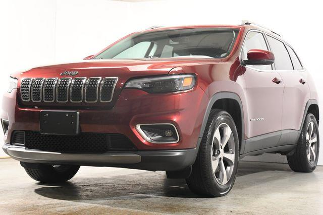 The 2019 Jeep Cherokee Limited photos