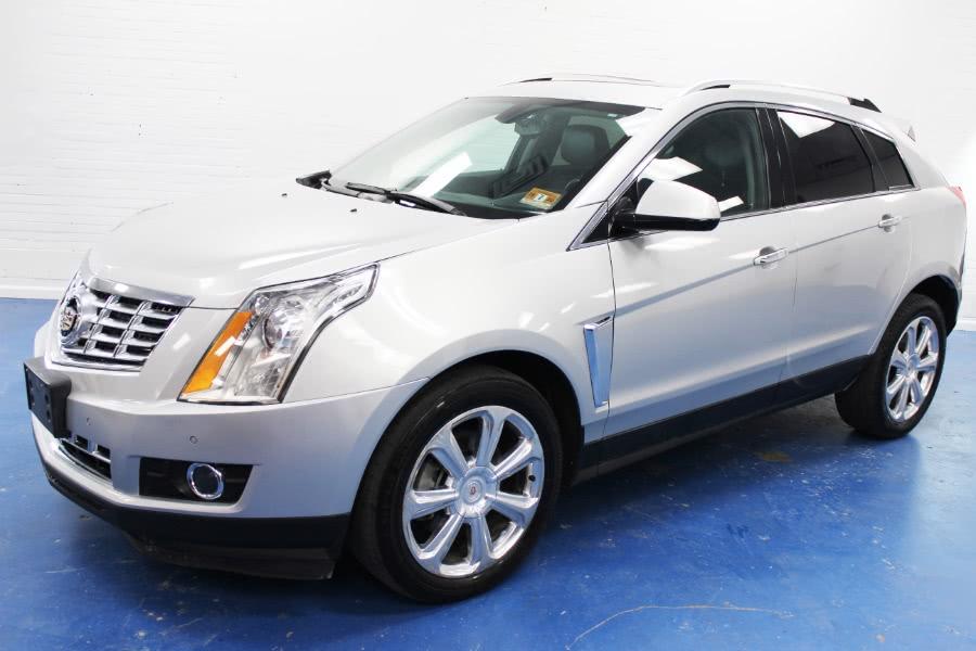 Used 2015 Cadillac SRX in Newark , New Jersey | Icon World LLC. Newark , New Jersey