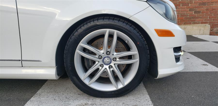 Used Mercedes-Benz C-Class 4dr Sdn C300 Sport 4MATIC 2013 | National Auto Brokers, Inc.. Waterbury, Connecticut
