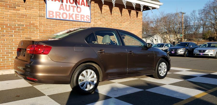 Used Volkswagen Jetta Sedan 4dr Auto S 2013 | National Auto Brokers, Inc.. Waterbury, Connecticut