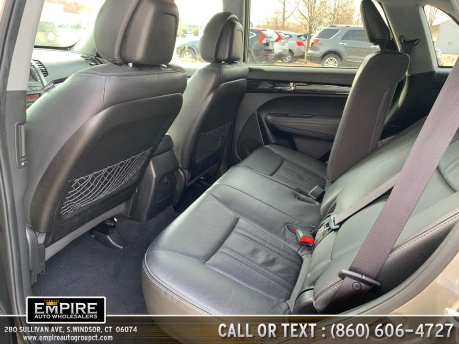 Used Kia Sorento AWD 4dr V6 SX 2013 | Empire Auto Wholesalers. S.Windsor, Connecticut