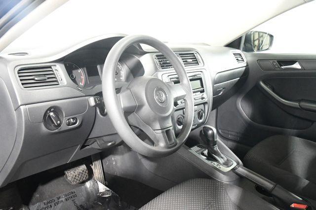 2014 Volkswagen Jetta S photo