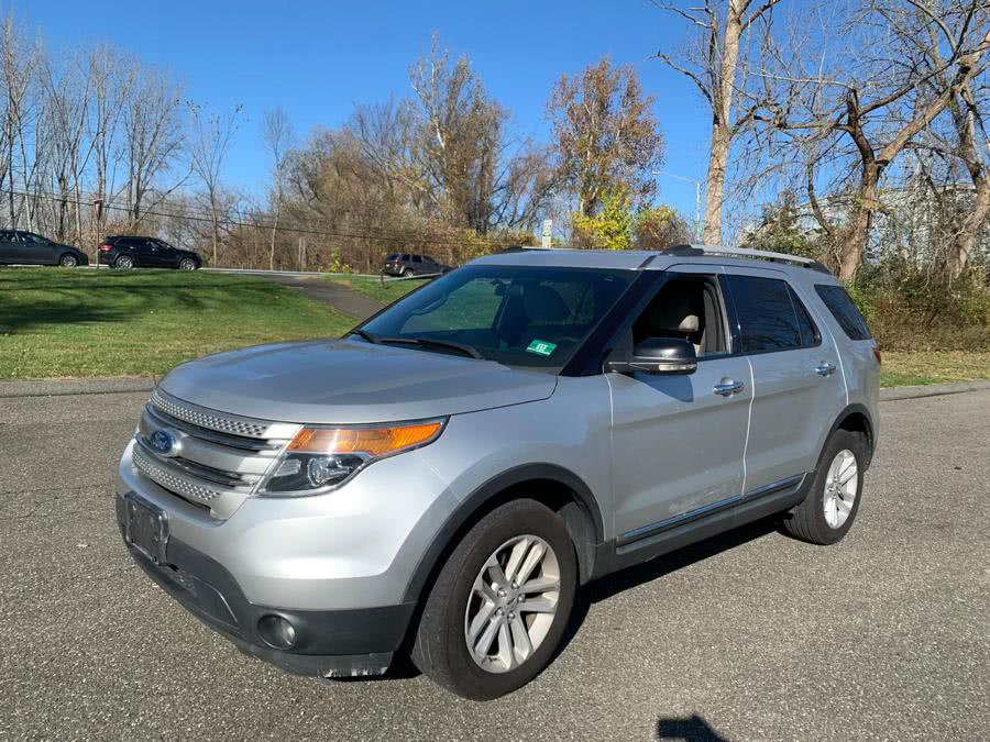 Used Ford Explorer 4WD 4dr XLT 2012 | WT Auto LLC. Waterbury, Connecticut