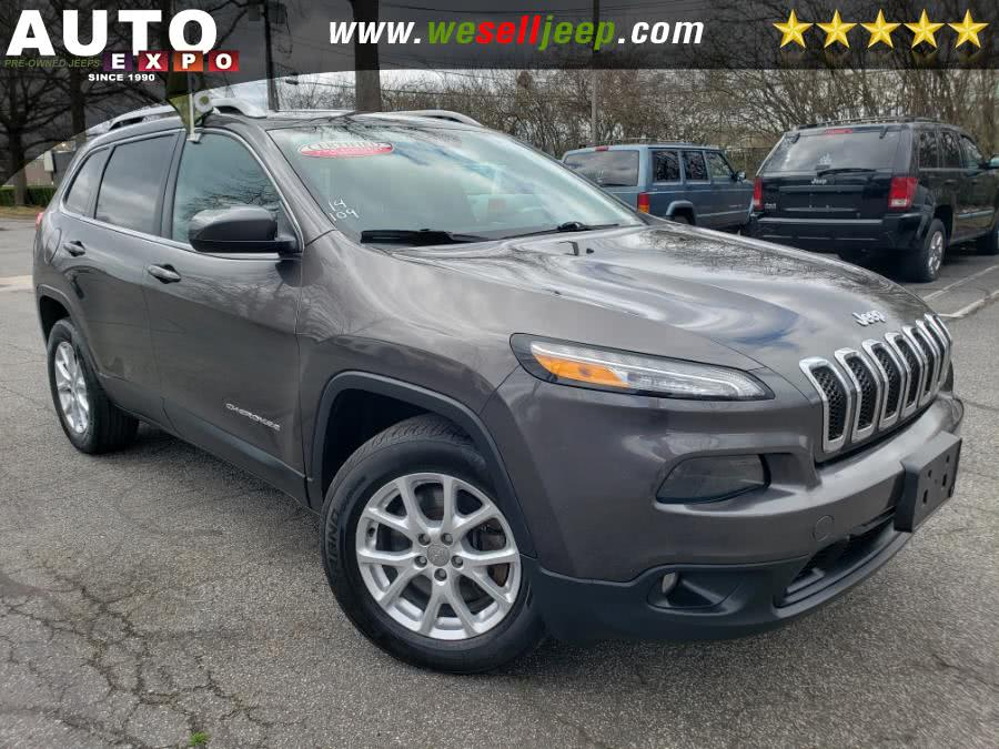Used 2014 Jeep Cherokee in Huntington, New York | Auto Expo. Huntington, New York