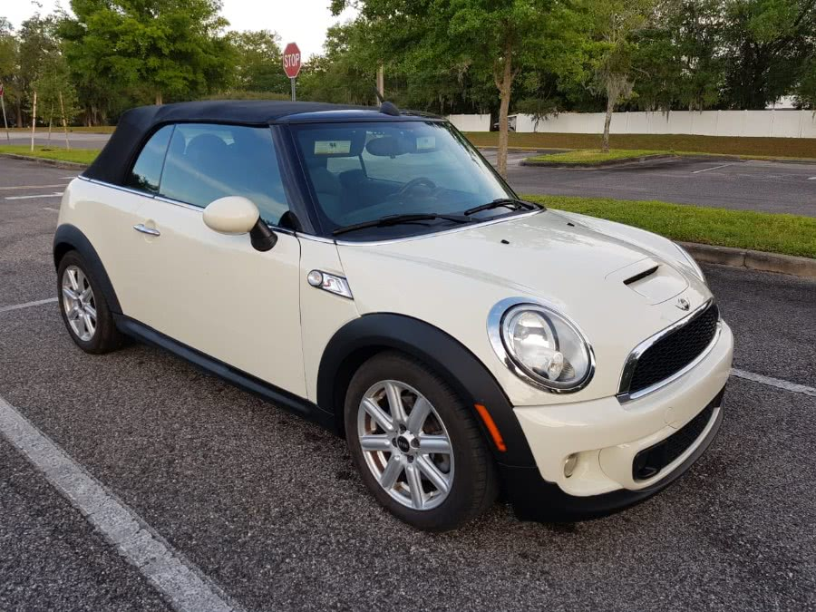 Used 2013 MINI Cooper Convertible in Longwood, Florida | Majestic Autos Inc.. Longwood, Florida