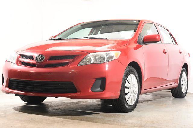 The 2012 Toyota Corolla L photos
