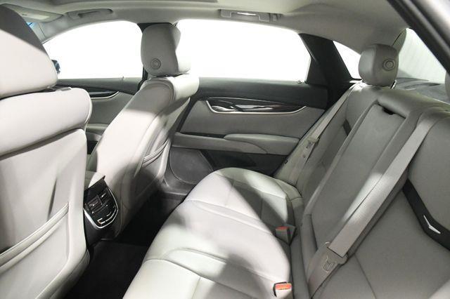 2017 Cadillac XTS Premium Luxury photo