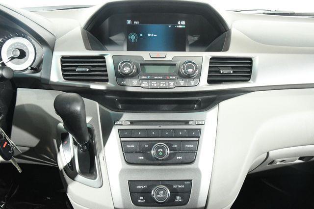2016 Honda Odyssey LX photo