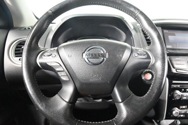 2015 Nissan Pathfinder 4WD 4dr S *Ltd Avail* photo