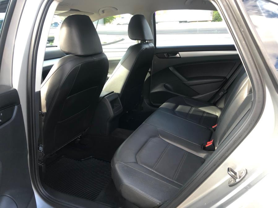 Used Volkswagen Passat 4dr Sdn 2.5L Auto SE 2012   Route 46 Auto Sales Inc. Lodi, New Jersey
